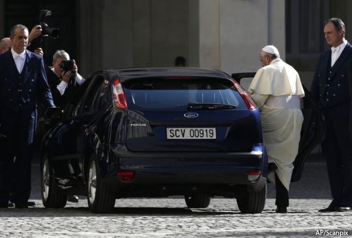 папа римский на ford