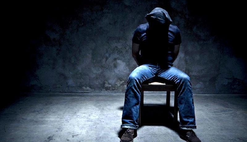 Обращение с заложником при похищении с целью выкупа